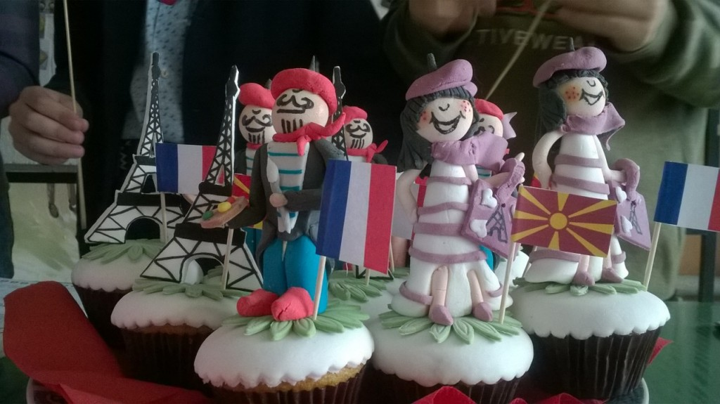 french themed muffins