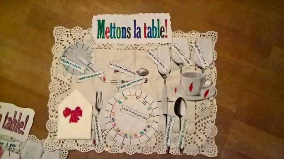 поставување на маса за посебни прилики